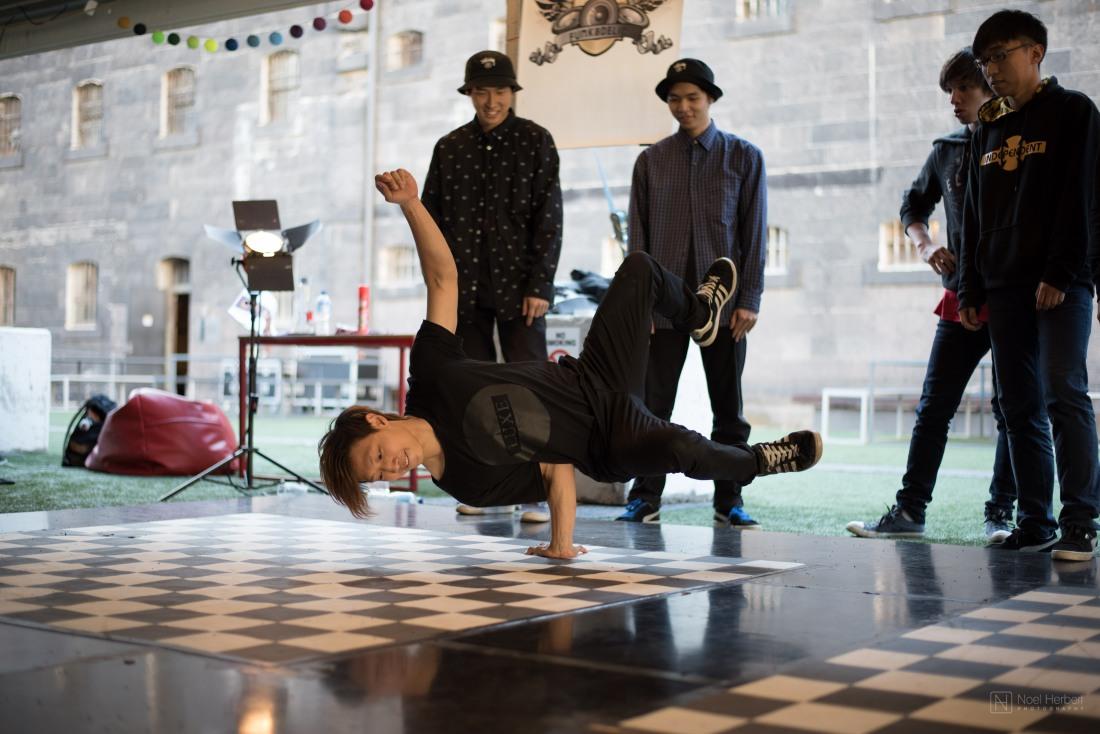Dance_010